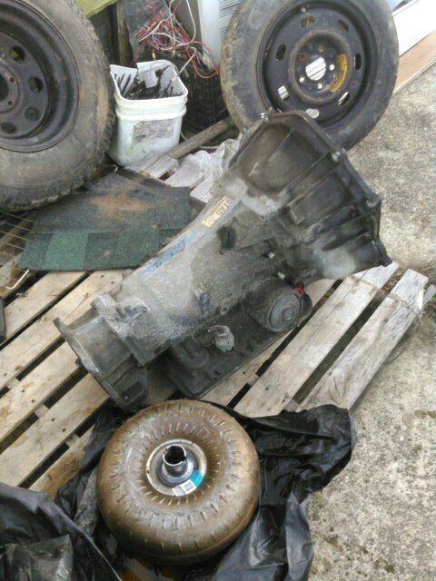 This is 2002 Chevy Blazer transmission 6 cylinders