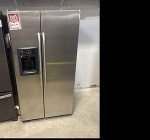 GE stainless steel side by side fridge #920 for Sale in South Farmingdale, NY