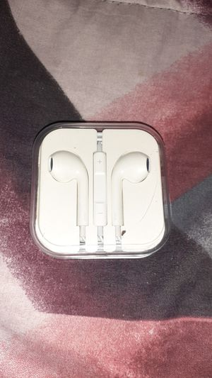 Apple headphones for Sale in San Antonio, TX