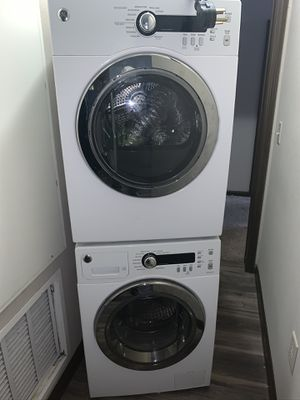 GE Stackable washer and dryer for Sale in Ocoee, FL