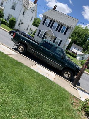 2002 CHEVY SILVERADO 1500HD 4X4 for Sale in Slatington, PA