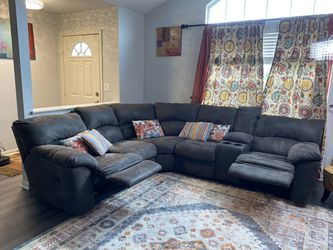 Ashley Recliner Couch For Living Room for Sale in Dublin,  OH