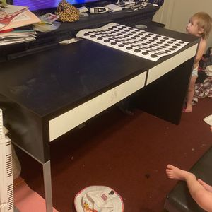 Ikea MICKE Desk for Sale in Goodyear, AZ