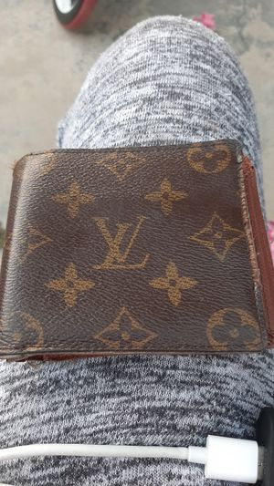 Mens wallet for Sale in Lincoln Acres, CA