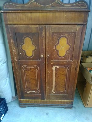 Antique armoire for Sale in Greenville, SC