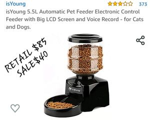 PET FEEDER for Sale in Fontana, CA