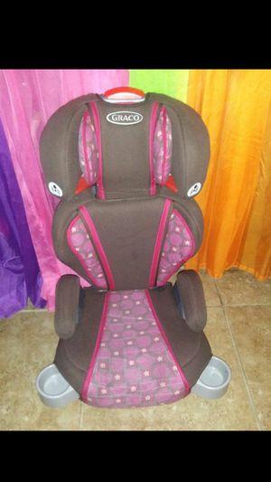 asiento de niña 2 en 1$20 for Sale in Dallas, TX
