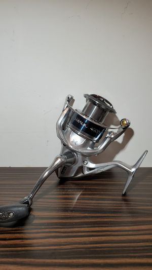 Shimano Stradic 4000XG K fishing reel Rod Available Too If You Need a Rod 4000 XG for Sale in Fort Lauderdale, FL