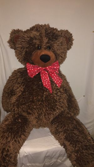 4 ft teddy bear for Sale in Spring, TX