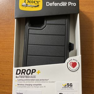 Otterbox Defender Pro For Samsung Galaxy S20 Brand New for Sale in Alpharetta, GA