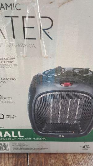 Sai portable ceramic heater for Sale in Laveen Village, AZ