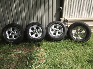 Jeeps rim/tires for Sale in Ruskin, FL
