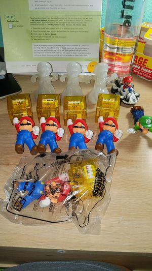 Super Mario collectible toys lot of 10 for Sale in Pasadena, TX