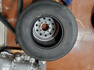 Trail finder G rated trailer tire 235/85r16 for Sale in Bellaire, TX