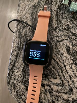 Fitbit Versa w/charger for Sale in Norfolk, VA