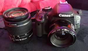 Canon 600D for Sale in Agawam, MA