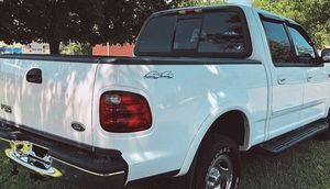 For sale price$1000_ 2002 Ford F-150 XLT Super clean title for Sale in Stamford, CT