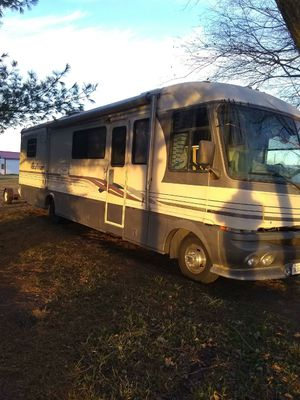 Pacearrorr 95 RV 33ft for Sale in Carterville, MO