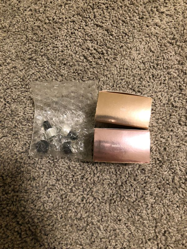 New in box Stila Magnificent Metals Foil Finish Eye Shadow Set - kitten & Dusty Rose