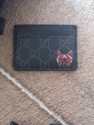 Authentic Gucci Supreme Wolf Canvas Cardholder for Sale in Tempe, AZ