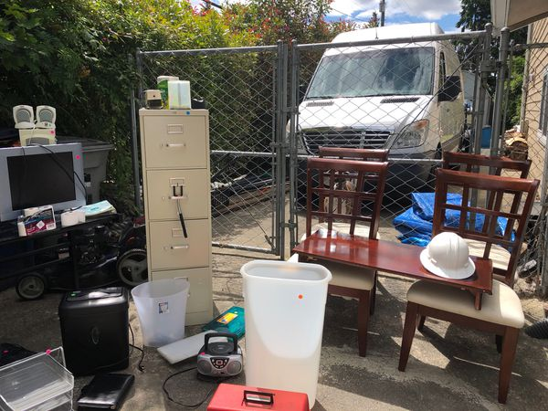 Moving Sale Friday Saturday 9 To 5 For Sale In Lynnwood