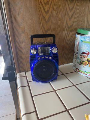 Am and fm radio Bluetooth speaker in box for Sale in Modesto, CA