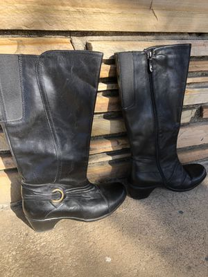 Clark's Leather Women's Shoes Boots - Sz 9M for Sale in Wichita, KS