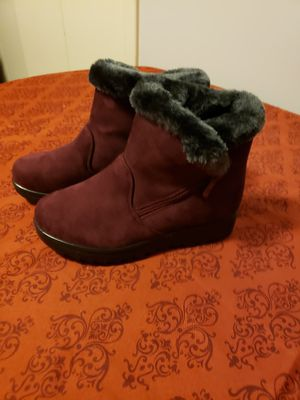 Boots women size 4 for Sale in Northglenn, CO