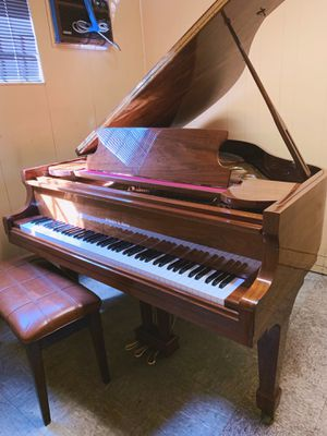 1992 model Excellent condition Schafer & Sons grand piano! will deliver!! for Sale in Torrance, CA