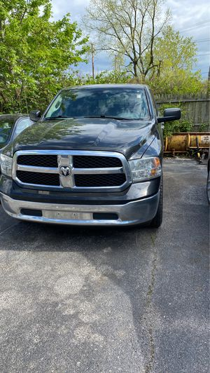 2014 Dodge Ram 1500 Hemi for Sale in Euclid, OH