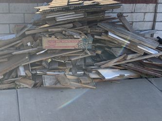 Free Firewood for Sale in Henderson,  NV