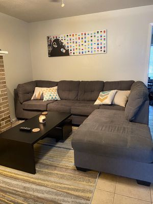 Couch and table for Sale in Austin, TX