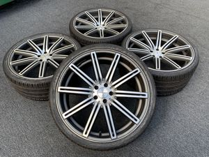 VOSSEN 22 inch MERCEDES S CLASS WHEELS AND TIRES for Sale in North Miami, FL