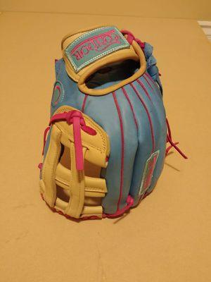 Baseball softball glove CÓNDOR for Sale in Los Angeles, CA