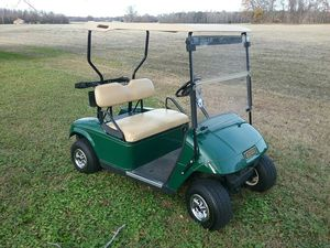 2004 Ezgo golfcart for Sale in Pinetops, NC