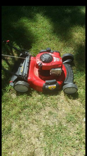 Brand new Briggs &Stratton 550ex/140cc lawn mower for Sale in Capitol Heights, MD
