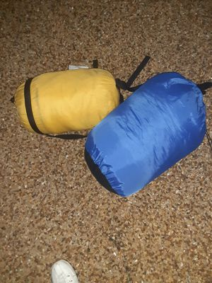 2 sleeping bags for Sale in Dallas, TX