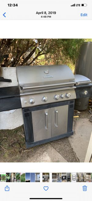 Gas grill for Sale in Amarillo, TX