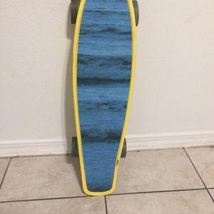 $20 for Sale in San Fernando, CA