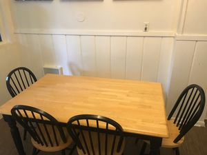 Kitchen table, chairs and bench for Sale in Issaquah, WA