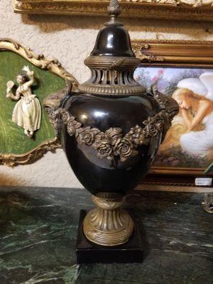 Urn/ vase bronze and porcelain for Sale in Miami, FL