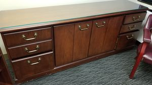 6 ft Executive Cabinet for Sale in Silver Spring, MD