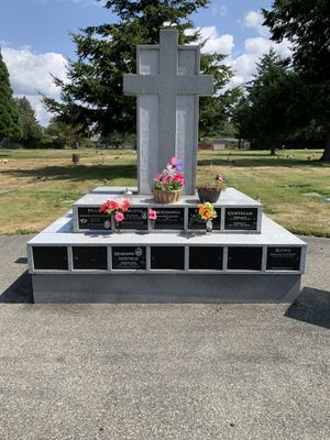 CALVARY CEMETERY TACOMA CREMATION NICHE for 2 urns ⚱️ for Sale in Lakewood, WA