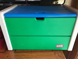 Little tikes toys box for Sale in Woburn, MA