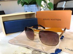 Louis Vuitton Attitude Gold Sunglasses for Sale in Livermore, CA