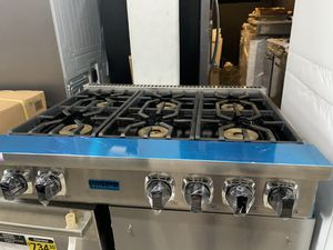 "Viking 36"" range top in stainless steel new open box for Sale in Hacienda Heights, CA"