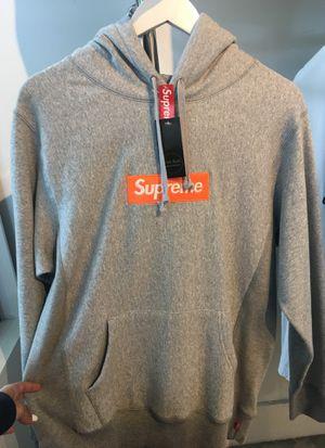 Supreme hoodie. Authentic. for Sale in Miami, FL