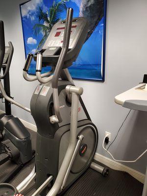 Star Trac select fit elliptical for Sale in Miami, FL