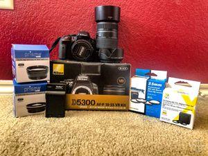 Nikon D5300 for Sale in Saginaw, TX