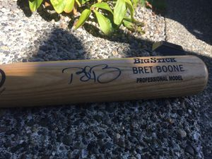 Autographed Bret Boone bat for Sale in Bothell, WA